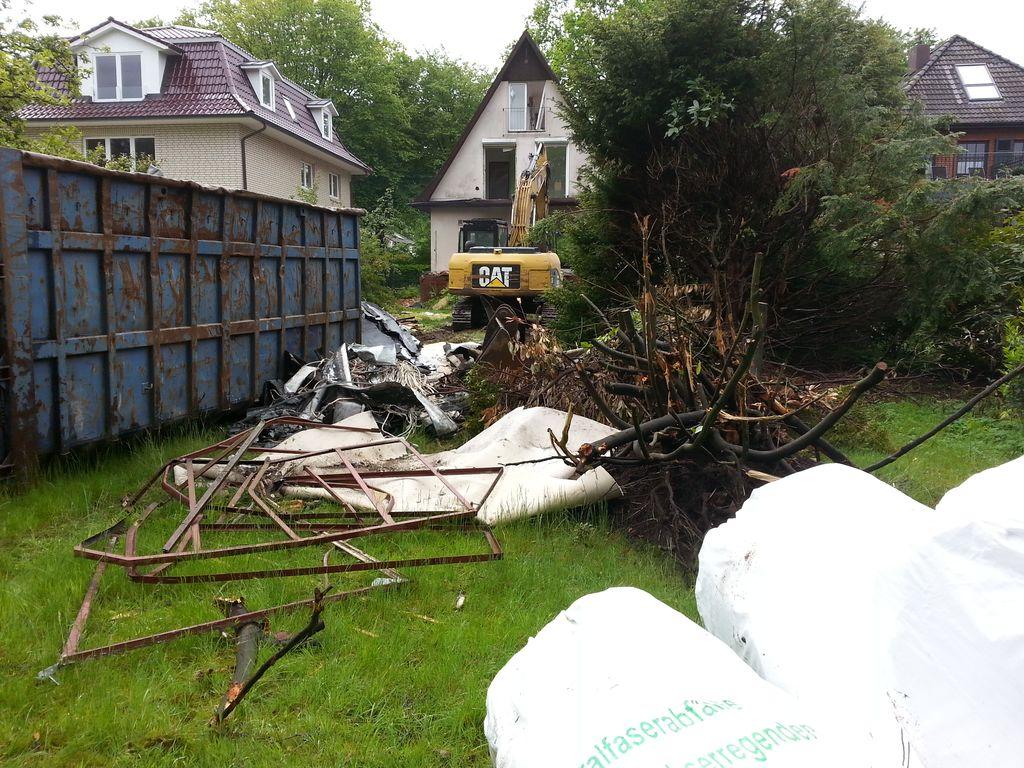 Hier werden die Reste des Hauses gelagert