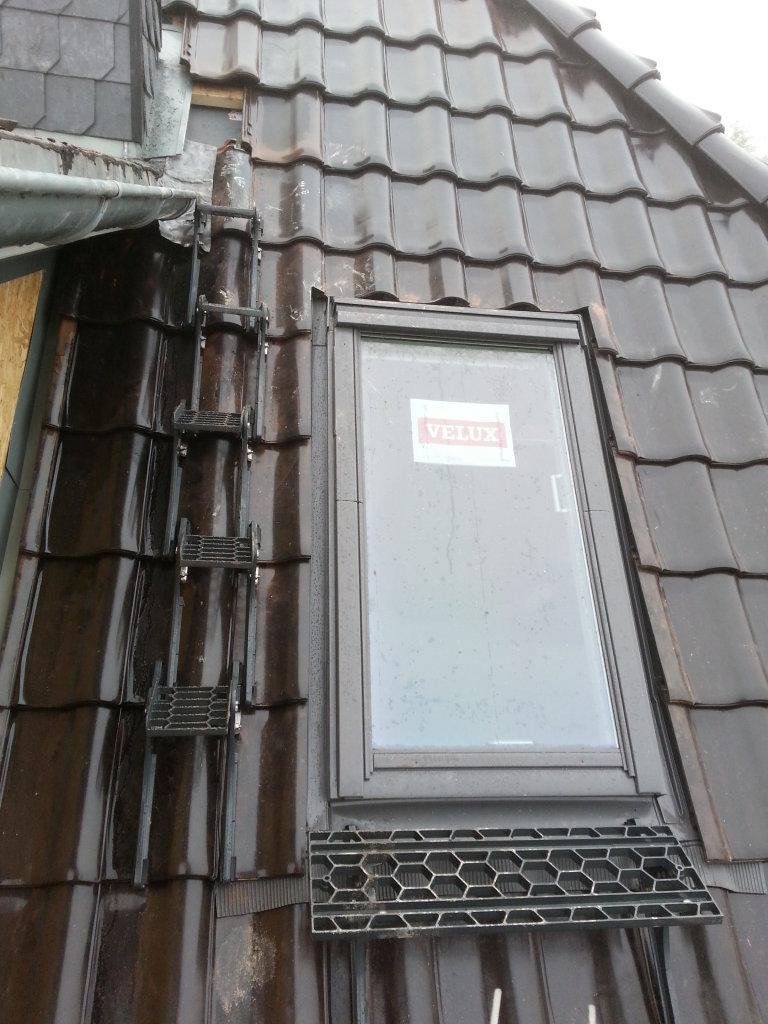 Ausstiegsfenster, Stufen Richtung Gaubendach